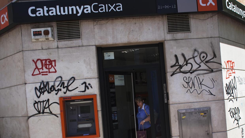 El rescate de la banca cuesta 861 euros a cada ciudadano for Catalunya banc oficinas