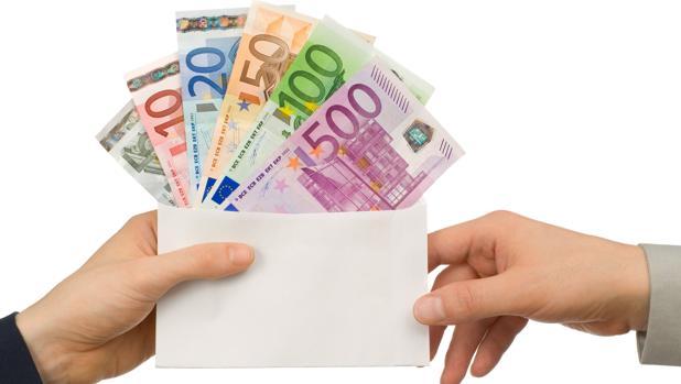 Conviene firmar un contrato y dejar por escrito la operación para no acabar pringando ante Hacienda