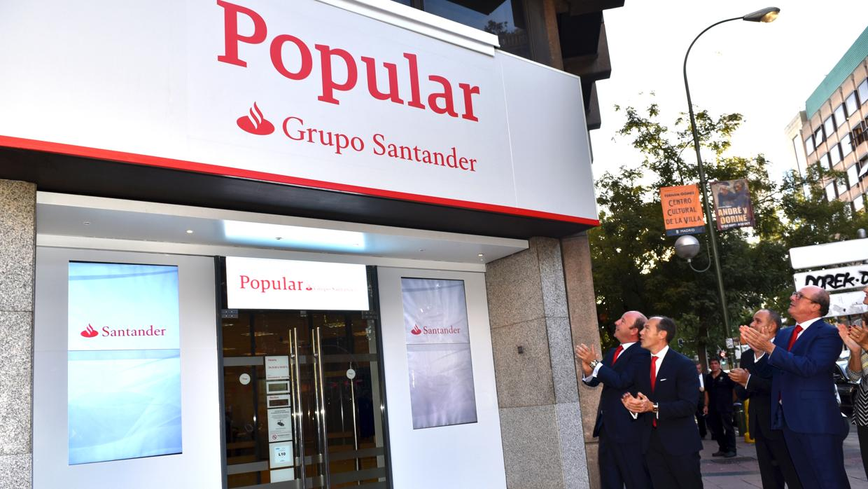 Banco santander comienza la integraci n con el popular con for Banco popular e oficinas