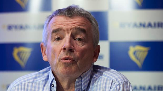 Hemeroteca: Ryanair cancela 212 vuelos por la huelga de controladores en Francia | Autor del artículo: Finanzas.com