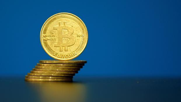 El bitcoin ya multiplica por cuatro el valor del oro