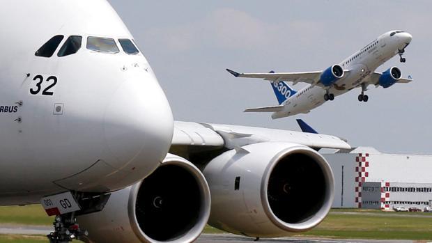Imagen de archivo de un avión