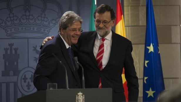 Rajoy y su homólogo italiano, Gentiloni, hace unos meses en Madrid.