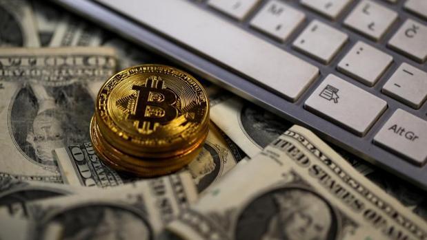El bitcoin representa más del 54% del valor del mercado.