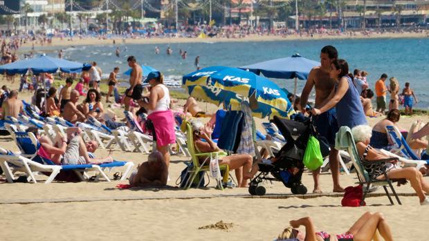 Hemeroteca: El turismo se consolida como la locomotora del empleo en España | Autor del artículo: Finanzas.com