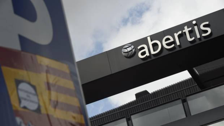 El Gobierno advierte a Atlantia que todavía no ha autorizado su opa sobre Abertis