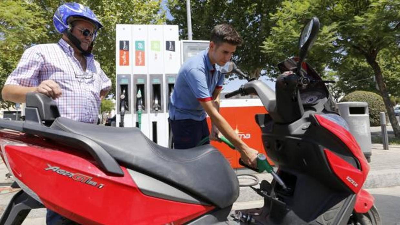 El consumo de carburantes creció un 2,3% en noviembre