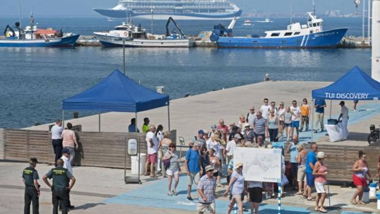 Barcelona sigue liderando el turismo de cruceros en España, pero cae ligeramente entre enero y noviembre