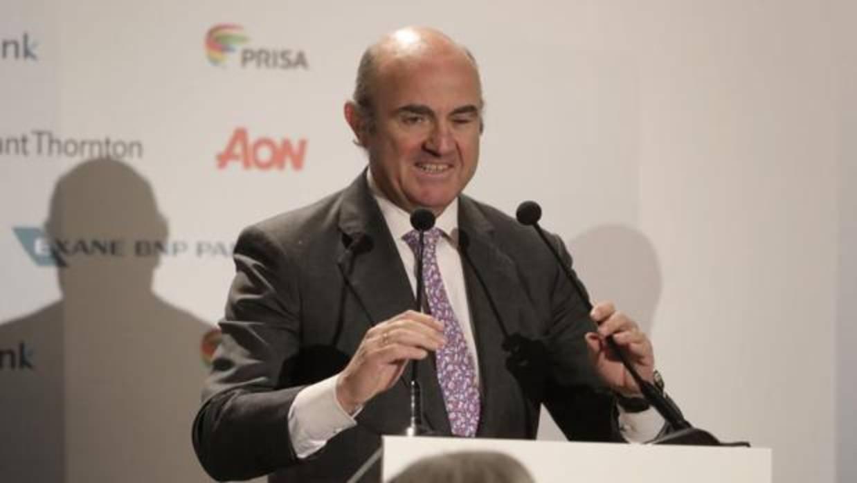 De Guindos, tras las declaraciones de Rato: «Lo importante es que Bankia es el banco más solvente»