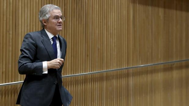 Sebastián Albella, a su llegada al Congreso antes de comparecer ante la comisión de investigación