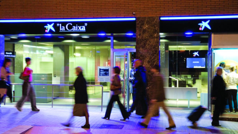 Caixabank gan 500 millones en dep sitos en octubre en for Oficinas sabadell sevilla