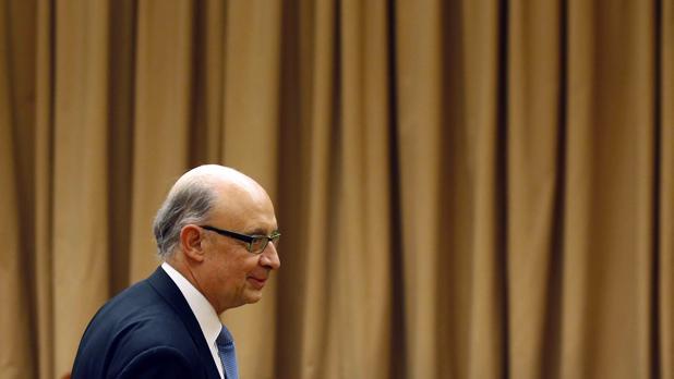 El ministro de Hacienda, Cristóbal Montoro, en el Congreso de los Diputados