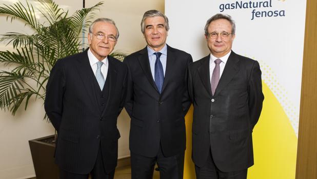 Isidro Fainé, Francisco Reynés y Rafael Villaseca, hoy