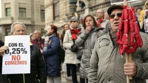 La CEOE entiende a los pensionistas, pero «deben cuadrar los números»