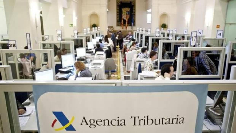 La Agencia Tributaria lanza hoy la nueva aplicación móvil para realizar la declaración de la Renta