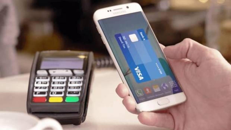 La gran banca cede a las exigencias de Apple Pay para tener el servicio por presión de los clientes