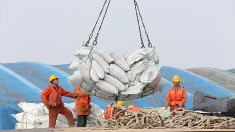 Pekin aplicará un arancel contra las importaciones de caucho sintético de la UE, Estados Unidos y Singapur