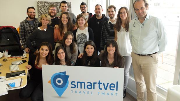 Una imagen del equipo de Smartvel, con su CEO, Iñigo Valenzuela, a la derecha