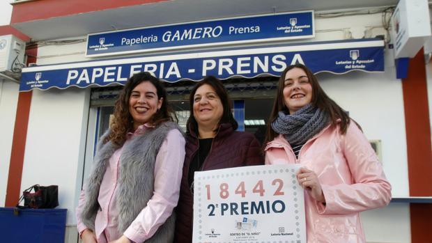 Tres loteras de una administración en Córdoba que dieron el segundo premio en el sorteo del Niño