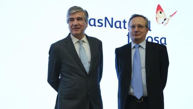 El Francisco Reynés, nuevo presidente ejecutivo de Gas Natural (izda) junto al presidente de la Fundación, Rafael Villaseca