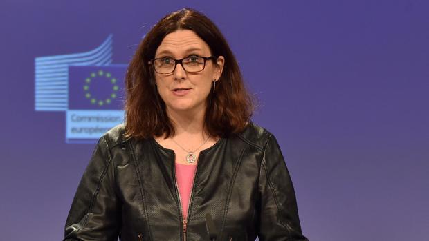 La comisaria europea de Comercio, en una rueda de prensa el pasado mes de marzo