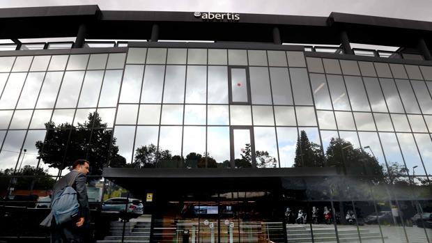 ¿Dónde se registró la compra de Abertis por Atlantia?