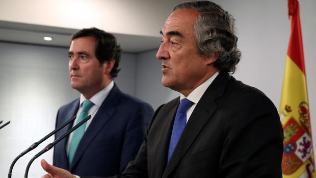 Garamendi y Rosell, hoy, tras reunirse con los sindicatos y el presidente Sánchez