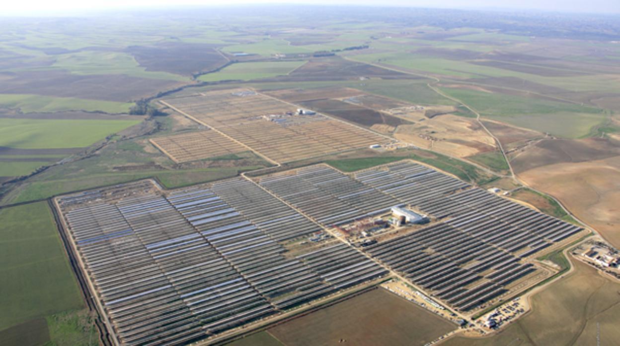 Ya son 30 las demandas contra España en el Ciadi por el recorte a las renovables