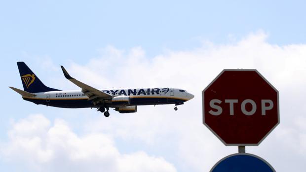 Hemeroteca: En directo la huelga de Ryanair: la aerolínea anuncia que reducirá este invierno el 20% de su flota en Irlanda   Autor del artículo: Finanzas.com