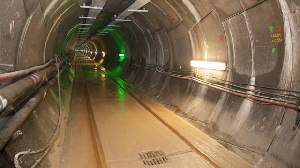 Interconexión eléctrica subterránea entre España y Francia inaugurada en 2015