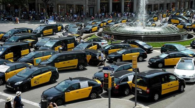 «Nos sentimos indefensos ante las agresiones del taxi»