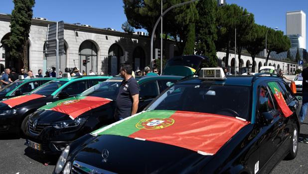 Portugal saca adelante la «ley Uber»