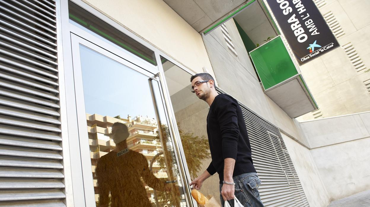 La Caixa destina 1,1 millones de euros a que más de 3.000 personas vulnerables accedan a una vivienda