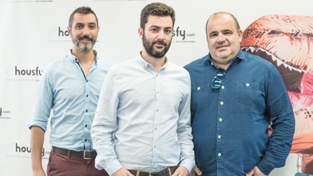 Los fundadores de Housfy, de izquierda a derecha: Miquel A. Mora, Albert Bosch y Carlos Blanco