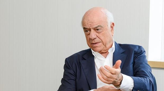 El presidente de BBVA, Francisco González, durante la entrevista con ABC
