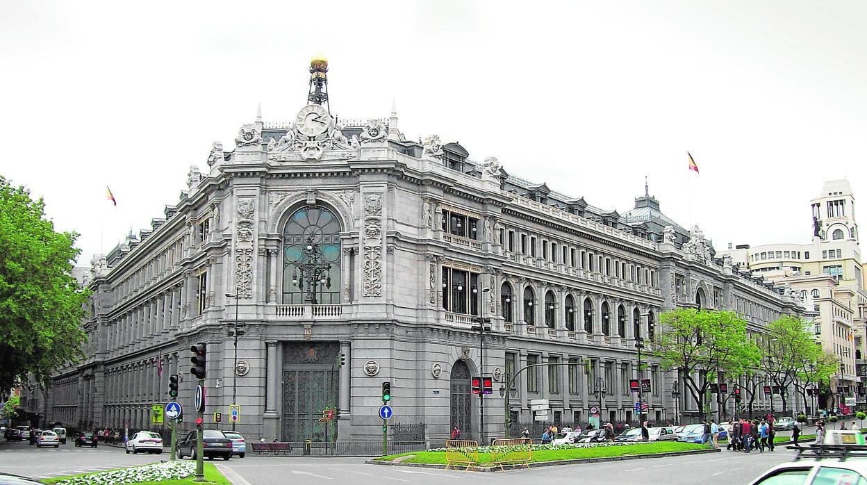 El Banco de España alerta de nuevo contra el rápido aumento del crédito al consumo