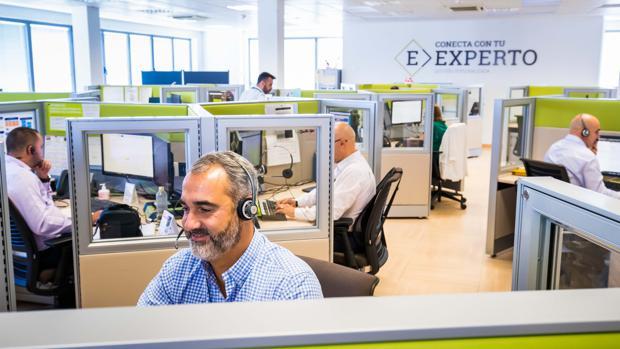 Bankia derivar a sus oficinas a distancia a casi 500 for Bankia oficina movil