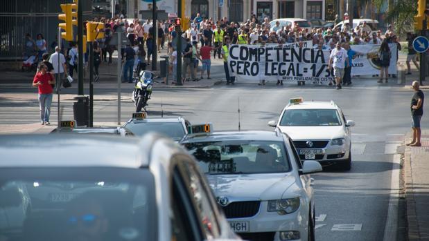 Manifestación de taxistas en Málaga