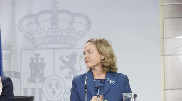 La ministra de Economía, Nadia Calviño, tras el Consejo de Ministros