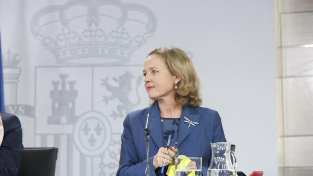 La ministra defiende que el FMI apoya el objetivo de déficit propuesto por el Gobierno y «bloqueado por el Senado»