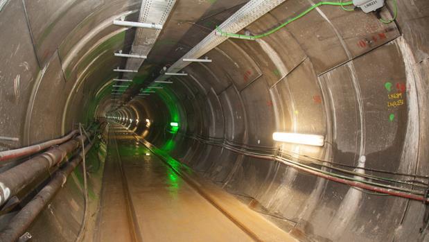Túnel por el que discurre parte de la interconexión con Francia