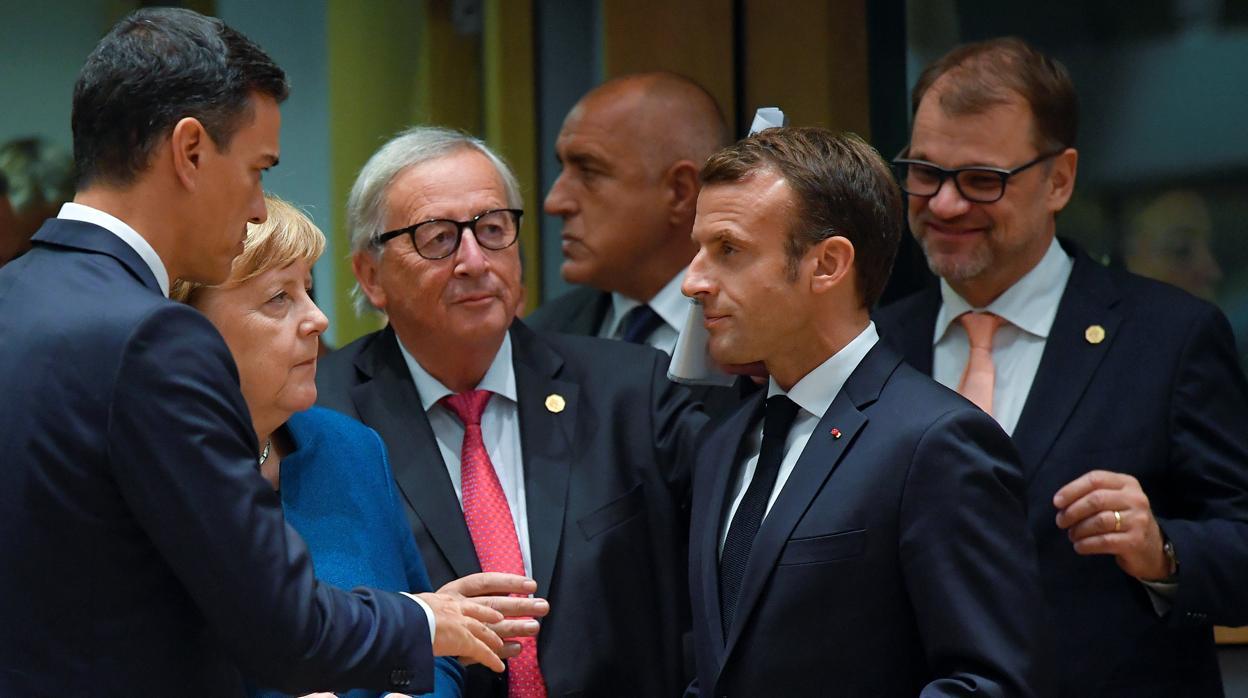 El Gobierno garantiza a Bruselas que el ajuste será el mayor desde 2013