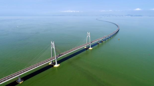 Puente Zhuhai Macau, que conecta Hong Kong y las poblaciones chinas de Zhuhai y Macau
