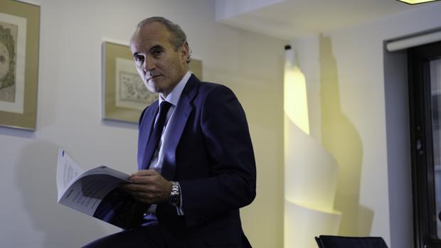 Julián Núñez, presidente de Seopan, durante la entrevista con ABC