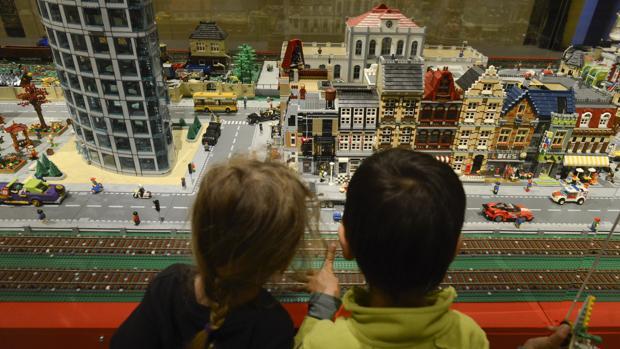 Exposición de maquetas de Lego en el palacio de Gaviria, en Madrid