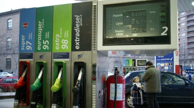 El precio de los carburantes influyó en la caída de los precios