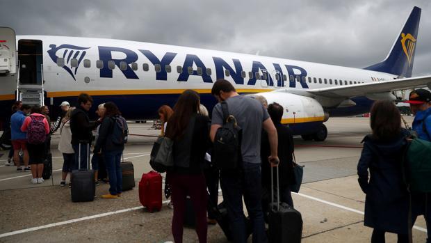 Los pasajeros que no hayan sido avisados a tiempo de la cancelación de su vuelo tienen derecho a una compensación económica