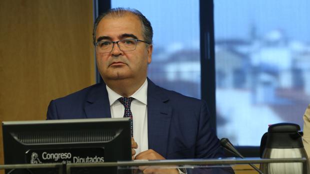 El expresidente del Popular Ángel Ron, durante su comparecencia en el Congreso de los Diputados