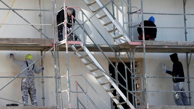Los expertos recomiendan contratar un profesional para gestionar las obras