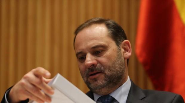 José Luis Ábalos, ministro de Fomento, comparece en el Congreso